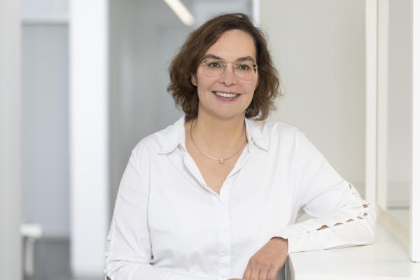 Dr. Stefanie Baum